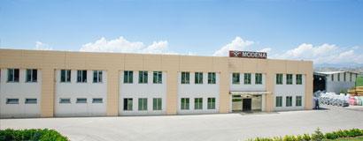 Modena dokuma kumaş tesisi devreye alındı.